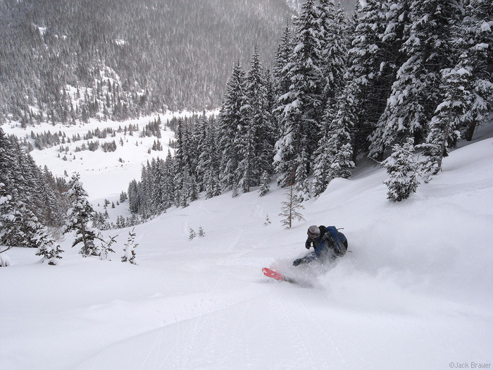 Esper snowboarding