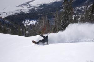 wheelie carve on snowboard