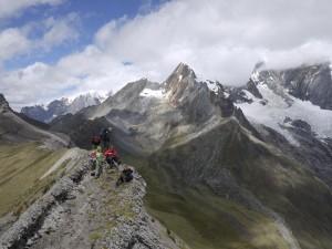 Cordillera Huayhuash trekking