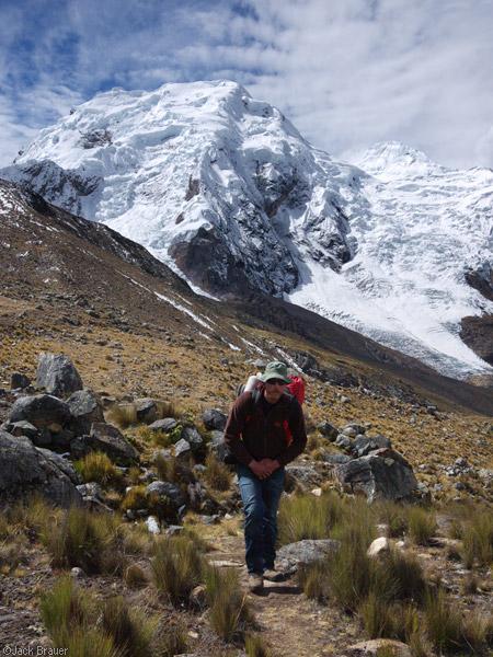 hiking in the cordillera blanca