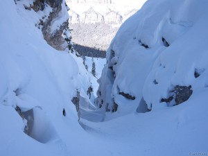 a very tight couloir in the Dolomites