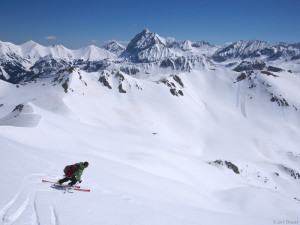 Snowy summit skiing in the Elk Mountains, Colorado, May
