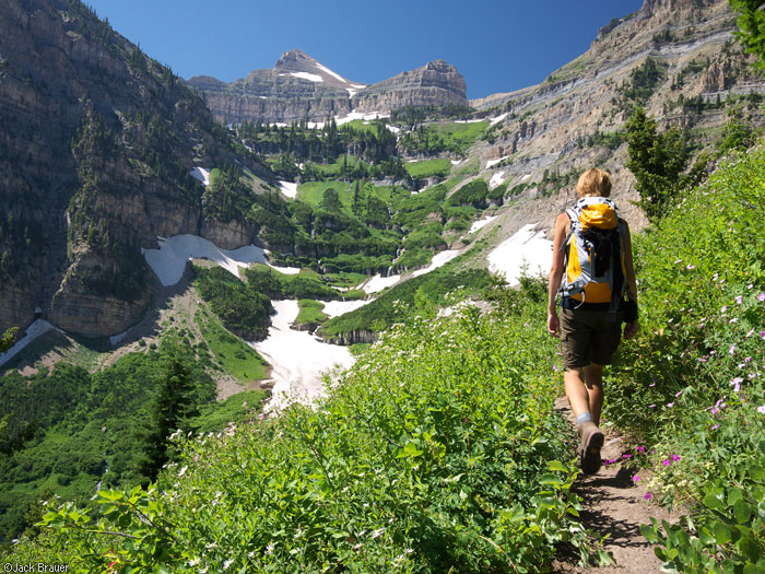 Hiking Mt. Timpanogos from the Aspen Grove trail