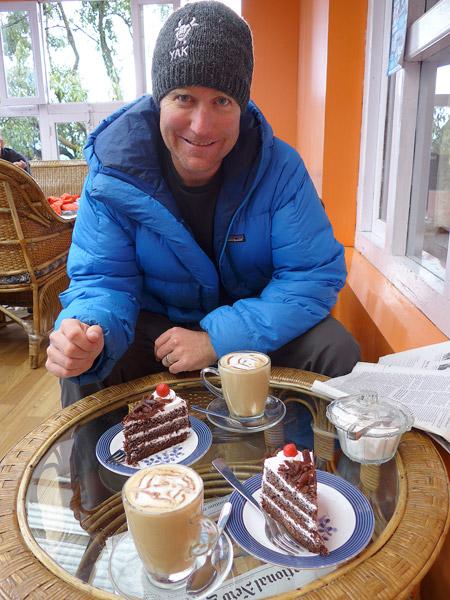 cake in lukla